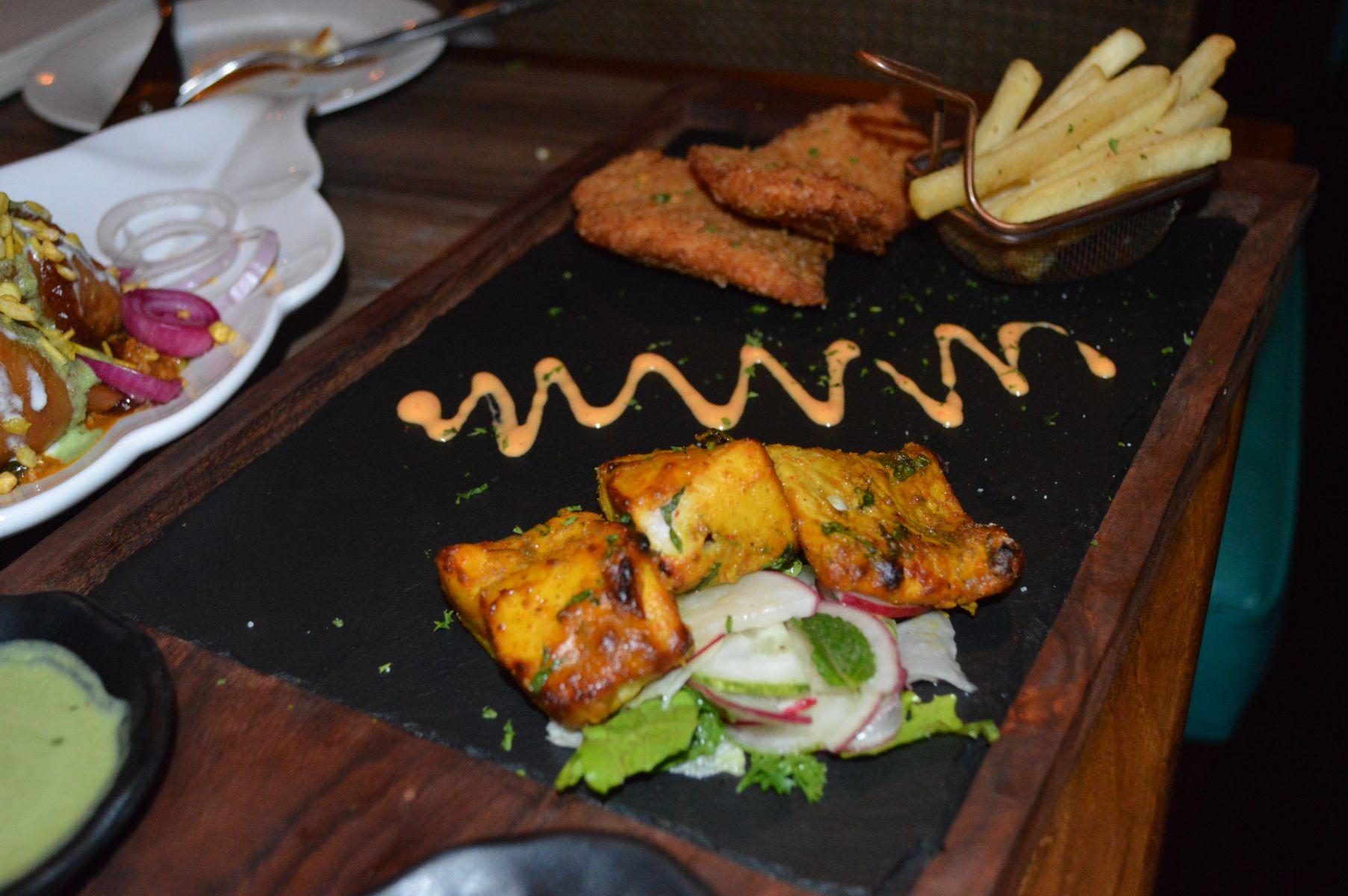 best-food-in-delhi-38-barracks-cp (35)